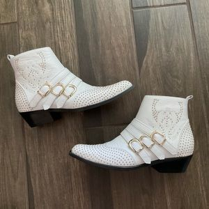 Anine Bing Penny Boots White Gold Studded Sz 9